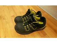 "Safety Trainers ""DUNLOP""_size 10"