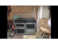 1100mm Stoves Gas Range Cooker, with double oven and glass top.