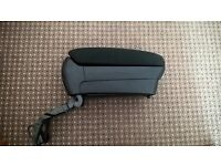 ARM REST TOYOTA AVENSIS collect southsea