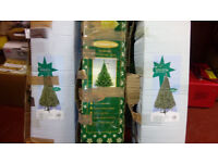AS NEW 6 FT ARTIFICIAL CHRISTMAS TREE WITH LIGHTS & DECORATIONS
