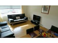 2 bedroom flat in North Gyle Loan, Edinburgh, EH12