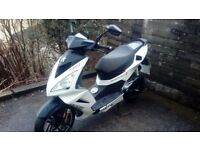 peugeot speedfight 3 for starts runs great but selling for spares repairs.