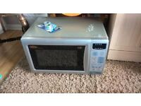 microwave oven 850w with grill in good working condition made by belling
