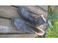 Mens Ecco Brogue boots size 43