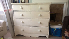 Pretty shabby chic vintage victorian chest of drawers, needs some work