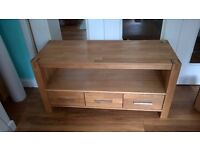 Media Unit, solid oak H55cm x D43cm x L110cm. Fantastic condition