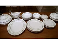 GENUINE UK MADE WEDGEWOOD WESTBURY DINNER SERVICE