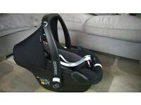 Maxi-Cosi Pebble Plus Car Seat - black & grey