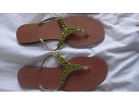 L K BENNETT leather summer sandals. As new, worn once. Size: UK 7-7.5; EU 40, US 9.