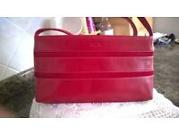 Ladies Red Leather/Suede Hand/Shoulder Bag