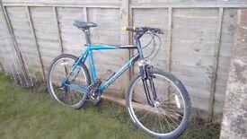 Specialized hardrock mens bike