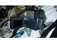 Samsung camcorder vp-l700 hi8pal, all wires and chager and carry case nearest offer