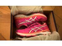 Asics Ladies GT 2000-5 Ladies Running Shoes