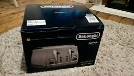 Brand New DeLonghi Cream Toaster