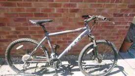 Felt 520 Mountain Bike