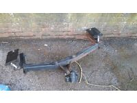 Towbar with plates/bolts