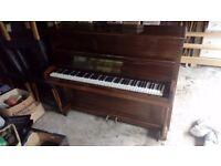 Piano Challenger & Hicks DARTFORD