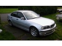 Cars spares or repaires bmw 316i 03 starts drives for parts