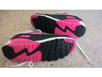 Nike Air Max size 6 Ladies'