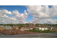 Amazing Penthouse Apartment, Stunning Views, Minutes Walk From Mainline Station (13 Mins-Waterloo)