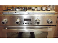 PRESTIGE STAINLESS STEEL INTEGRATED ELECTRIC OVEN AND GAS +ELECTRIC HOB GREAT CONDITION MUST GO NOW