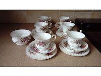 Beautiful Vintage Richmond Bone China 18 Piece Tea Set - Floral