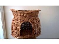Wicker cat basket/bed