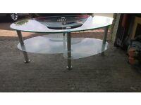 GLASS TABLE ONLY 6 MONTHS OLD ONLY £15