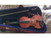 Stentor 4/4 violin in case