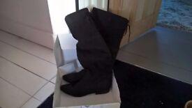 ladies knee high black suade boots