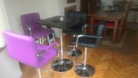2 BRAND NEW GAS PURPLE CHAIRS AND TABLE