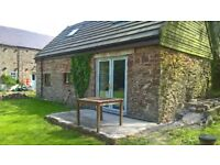 Cute unfurnished cottage in a small community near the villages of Newborough & Dwyran in Anglesey