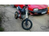 125 stomp pit bike