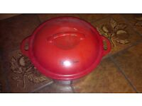 Antony Worrall Thompson 3.8 ltr Cast Iron Round Casserole Dish - Red