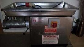 butchers meat mincer grinder
