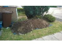 Free soil (landscaping / patio / raised beds)