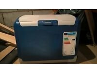 HALFORDS 40L COOLER BOX