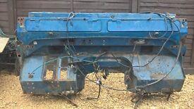 Land Rover 90/110 bulkhead