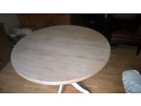 round table , too large for my room