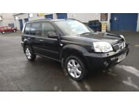 NISSAN X TRAIL 2.5 AUTOMATIC AVENTURA 4 WHEEL DRIVE, BLACK A FULLY LOADED 4X4 SAT NAV LEATHER TRIM