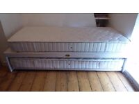 Double Bed / Single Bed Healthbeds: double stacks into a single bed