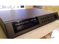 Roland MT32 linear synthesizer, pro audio sound module MIDI, PC, Atari ST