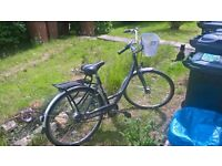 £250 ONO - Ladies bike - Giant Expression - Commuter/trekking hybrid (additional items included)
