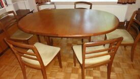 VINTAGE/RETRO 1970s G PLAN DINING ROOM SUITE EXTENDING DINING TABLE AND 6 MATCHING G PLAN CHAIRS
