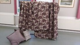 Curtains, blind and cushions