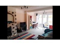 Lovely double room to ren in 4 bedrooms house close to Cardiff bay and city centre