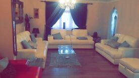 Double room - House share with 3 females