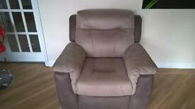 An Absolute Bargain Electric Reclining Chair, 18 months old, hardly used. Excellent condition.