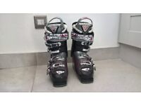 Ladies Ski Boots - Nordica Hot Rod 8.0 Size 22.5-23.5 equivalent to UK3.5 - UK4 Extra Warm