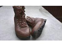 Alt-Berg Boots (Brown)